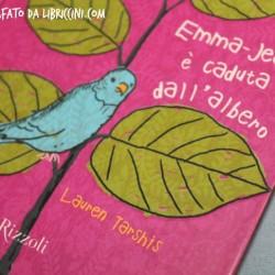 Emma-Jean è caduta dall'albero.